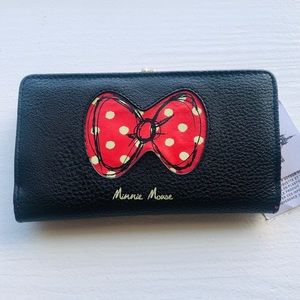 Disney parks official Minnie Mouse long wallet